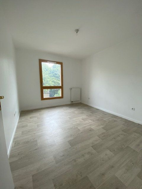 Appartement à louer 3 67m2 à Saint-Denis vignette-5