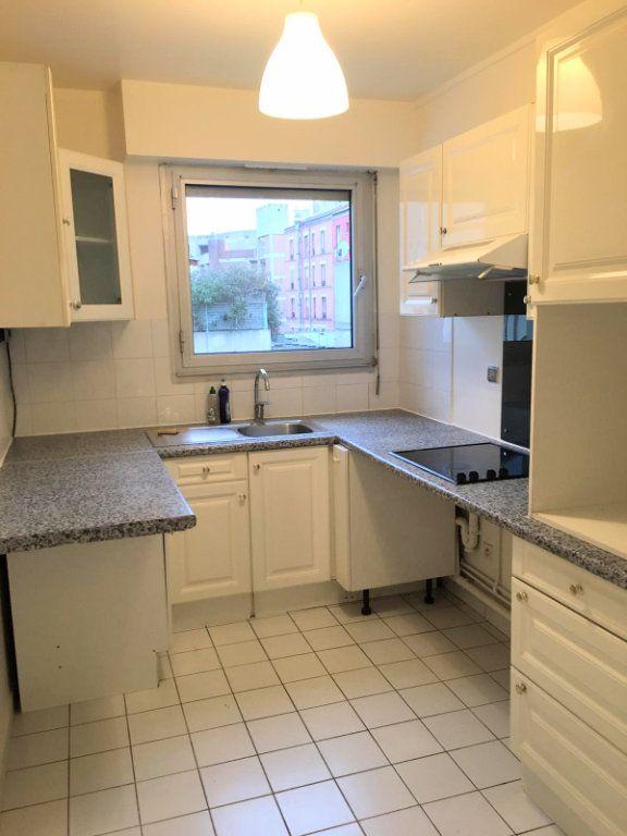 Appartement à louer 2 56.32m2 à Saint-Denis vignette-1