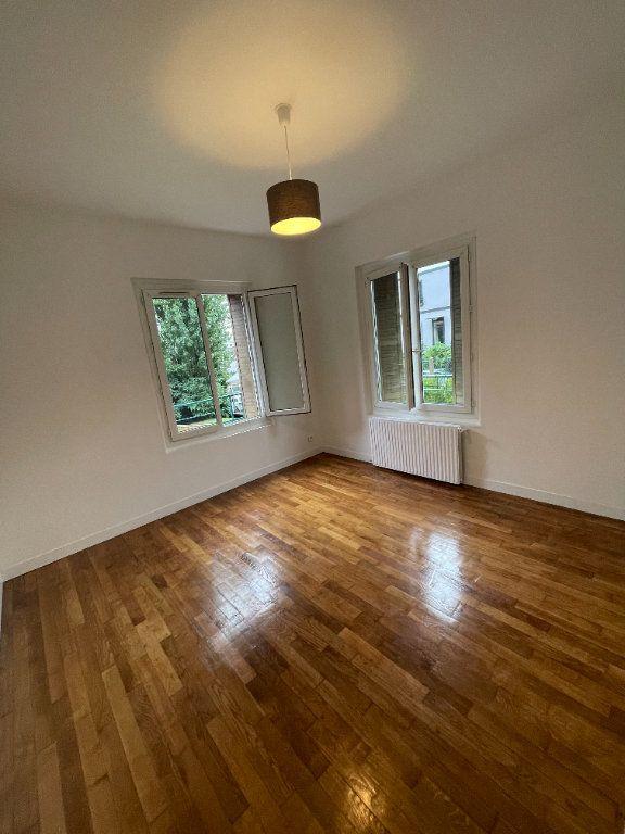 Appartement à louer 2 41m2 à Bagnolet vignette-1