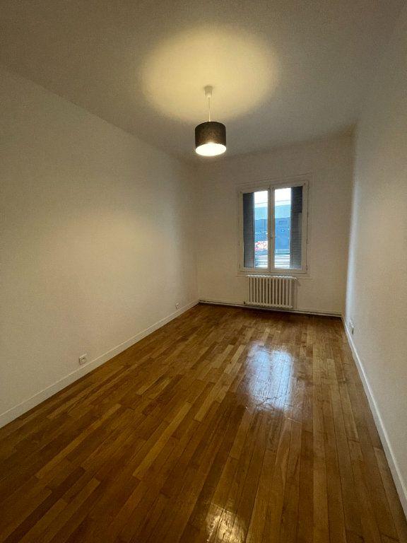 Appartement à louer 2 41m2 à Bagnolet vignette-3