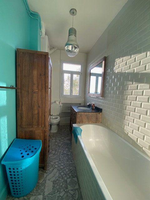 Appartement à louer 3 53m2 à Aubervilliers vignette-9