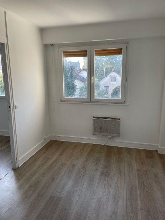 Appartement à vendre 3 55m2 à Aubervilliers vignette-2