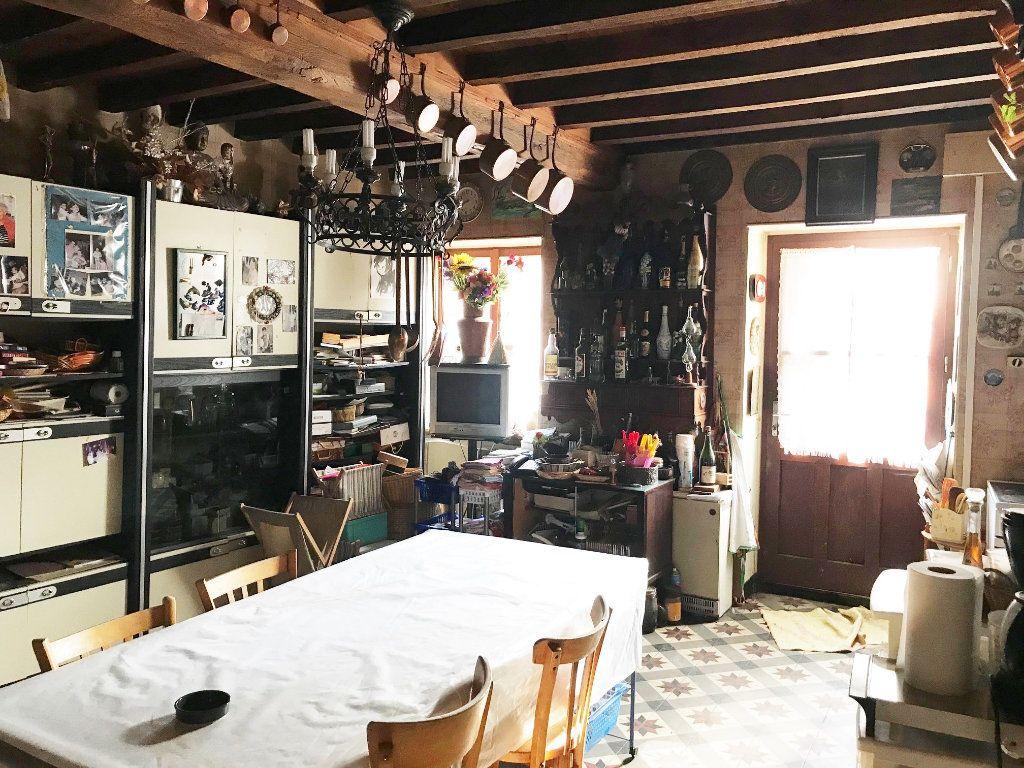 Maison à vendre 5 135m2 à Saint-Just-d'Avray vignette-4