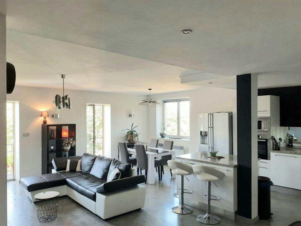 Appartement à vendre 5 120m2 à Le Bois-d'Oingt vignette-2