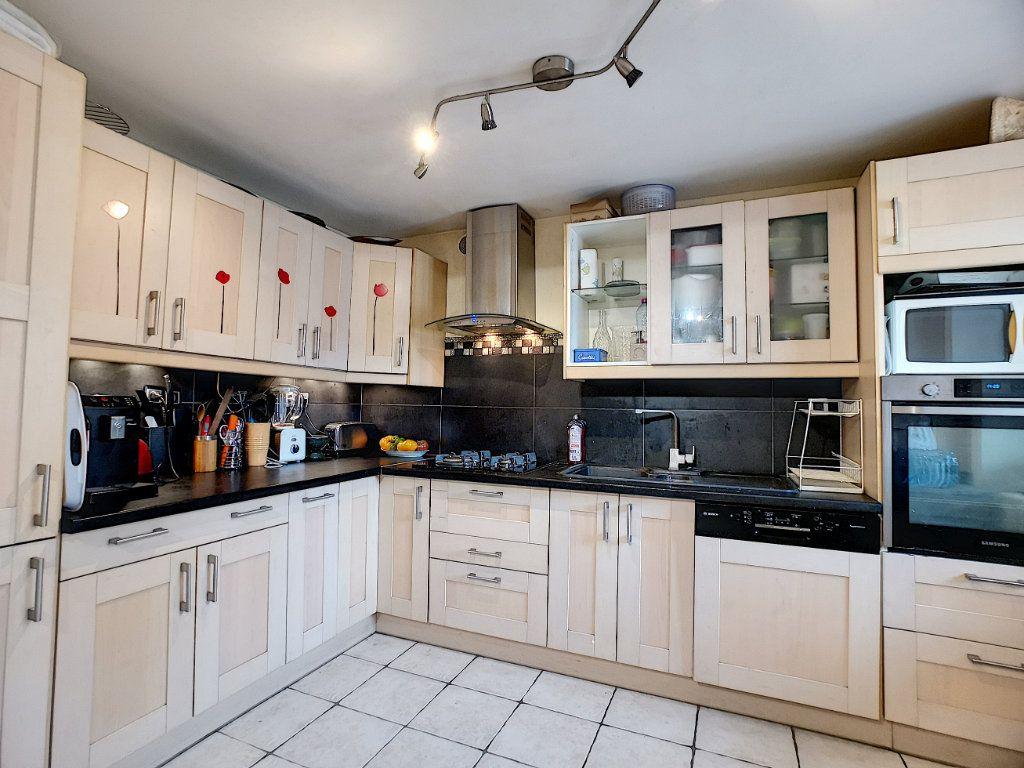 Maison à vendre 6 135m2 à Pontcarré vignette-3