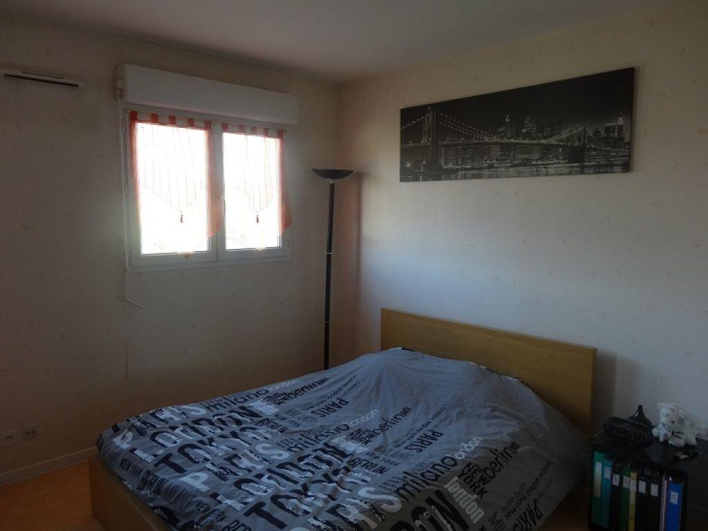 Appartement à louer 2 36m2 à Roissy-en-Brie vignette-4
