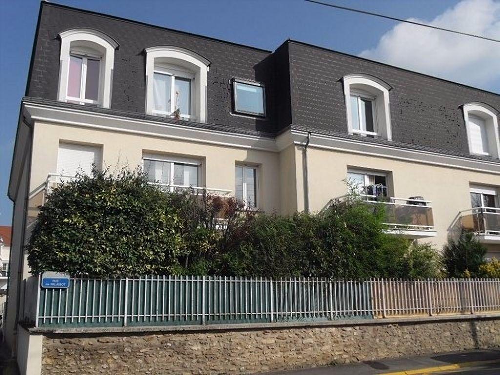 Appartement à louer 2 45m2 à Ozoir-la-Ferrière vignette-1