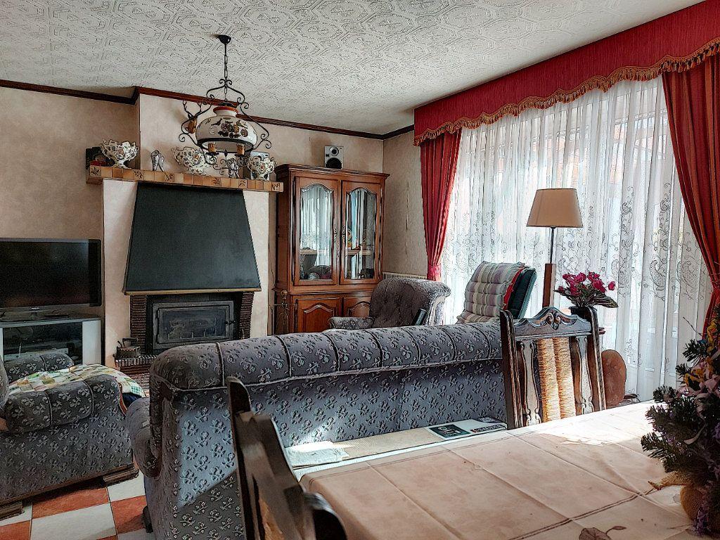 Maison à vendre 6 120m2 à Roissy-en-Brie vignette-3