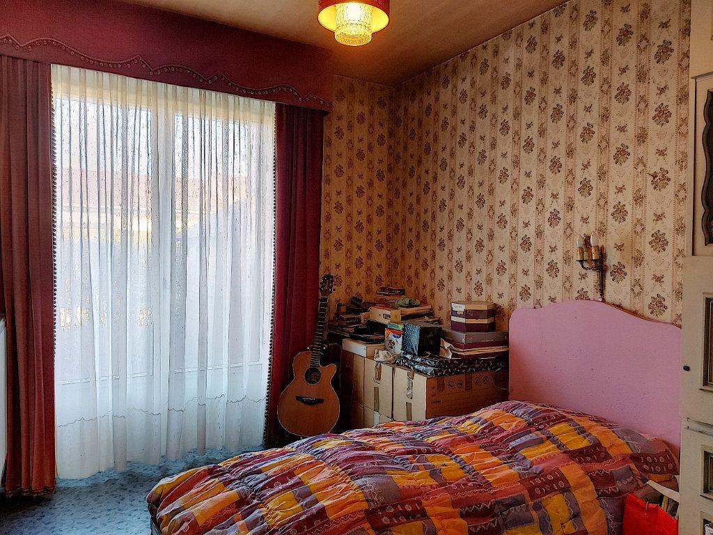 Maison à vendre 6 120m2 à Roissy-en-Brie vignette-6