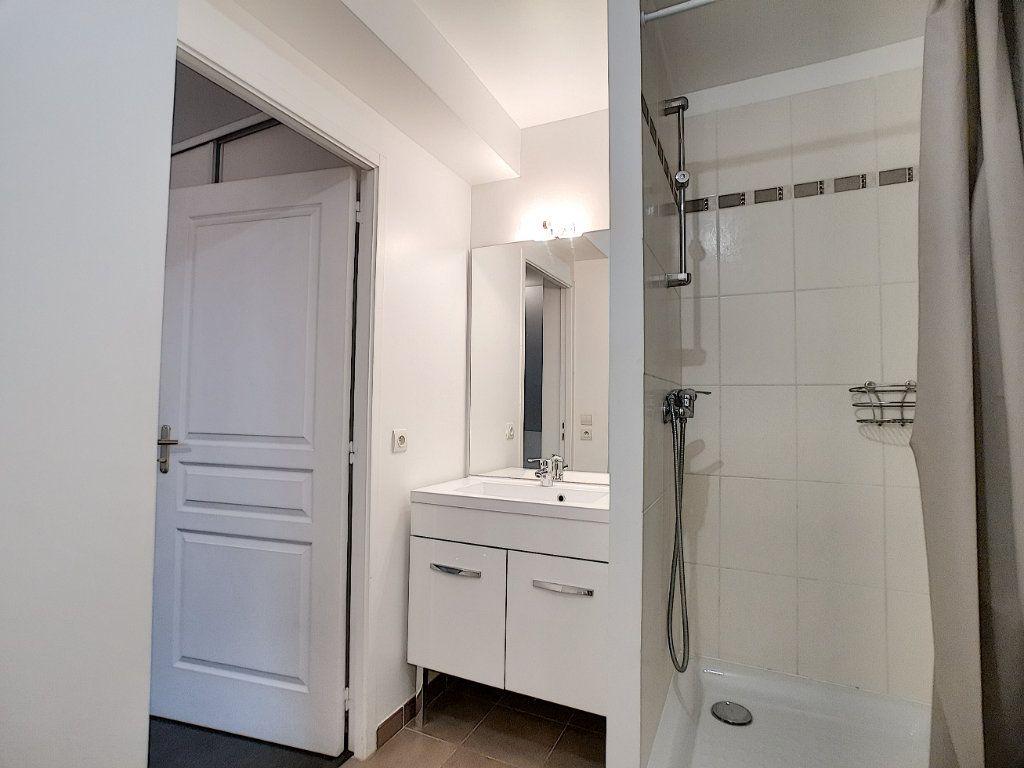 Appartement à vendre 2 51m2 à Gretz-Armainvilliers vignette-5