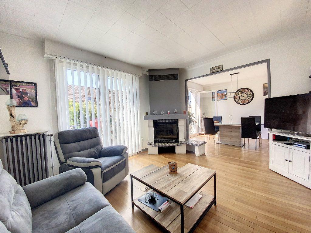 Maison à vendre 5 100m2 à Roissy-en-Brie vignette-3