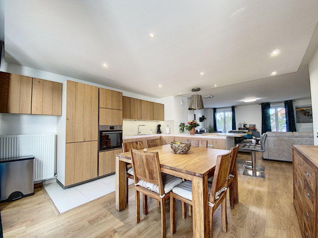 Appartement à vendre 4 88m2 à Ozoir-la-Ferrière vignette-2