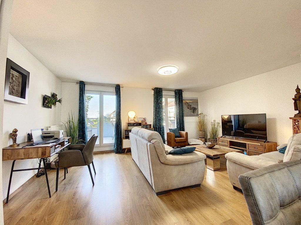 Appartement à vendre 4 88m2 à Ozoir-la-Ferrière vignette-3