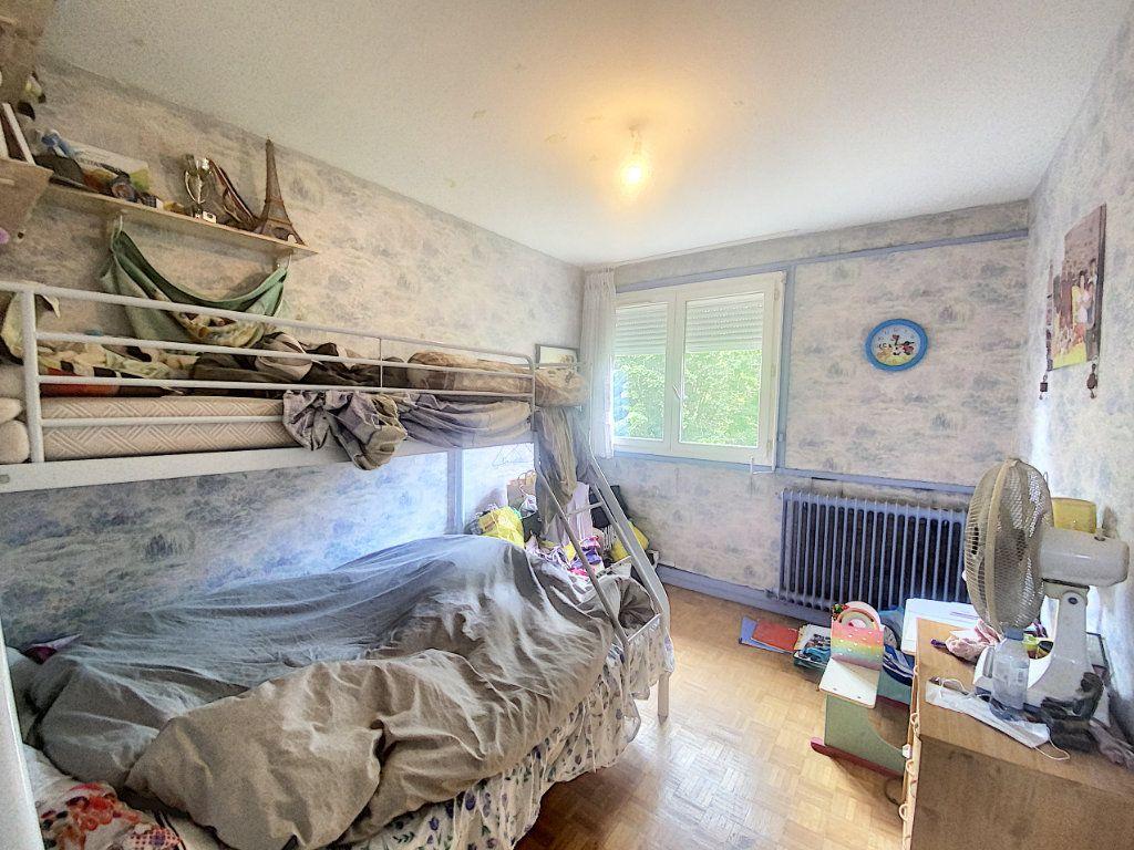 Maison à vendre 5 86m2 à Pontault-Combault vignette-4