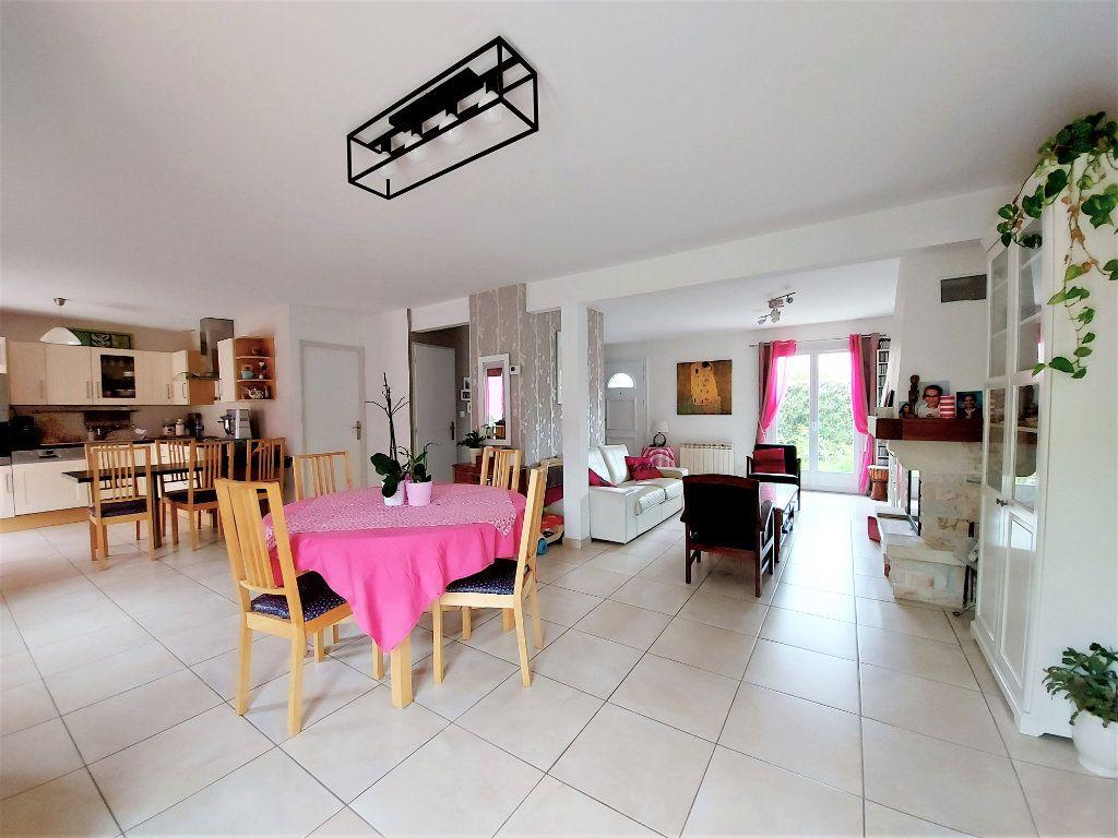 Maison à vendre 8 157.42m2 à Ozoir-la-Ferrière vignette-3