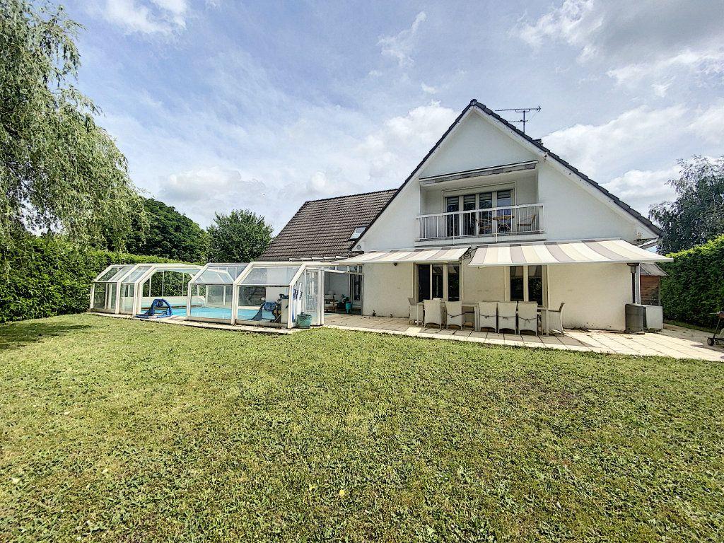 Maison à vendre 8 233m2 à Ozoir-la-Ferrière vignette-1