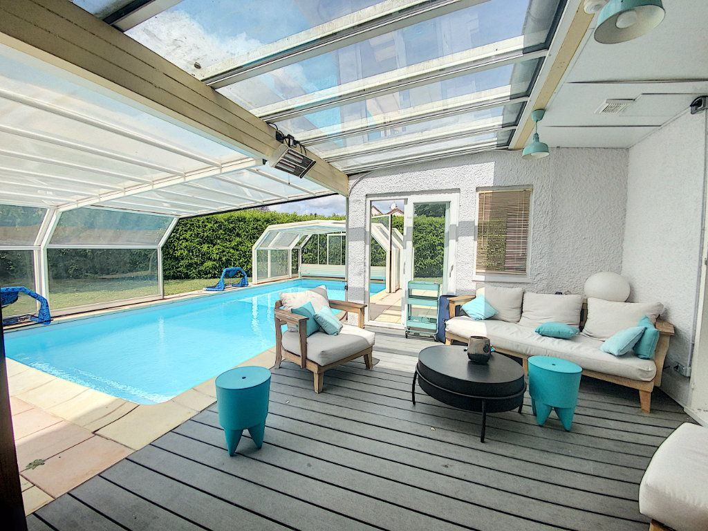 Maison à vendre 8 233m2 à Ozoir-la-Ferrière vignette-2