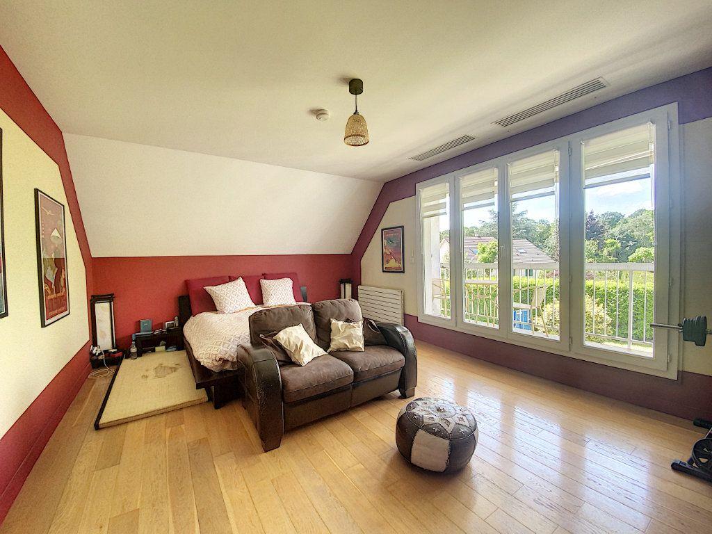 Maison à vendre 8 233m2 à Ozoir-la-Ferrière vignette-7