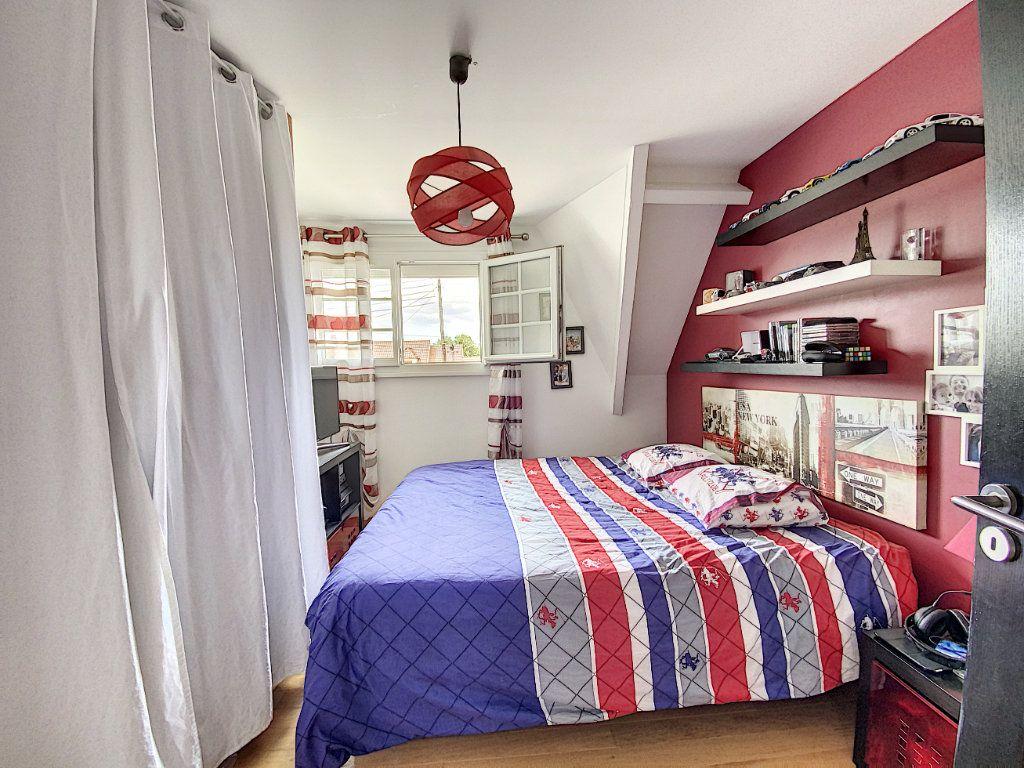 Maison à vendre 5 115m2 à Ozoir-la-Ferrière vignette-8