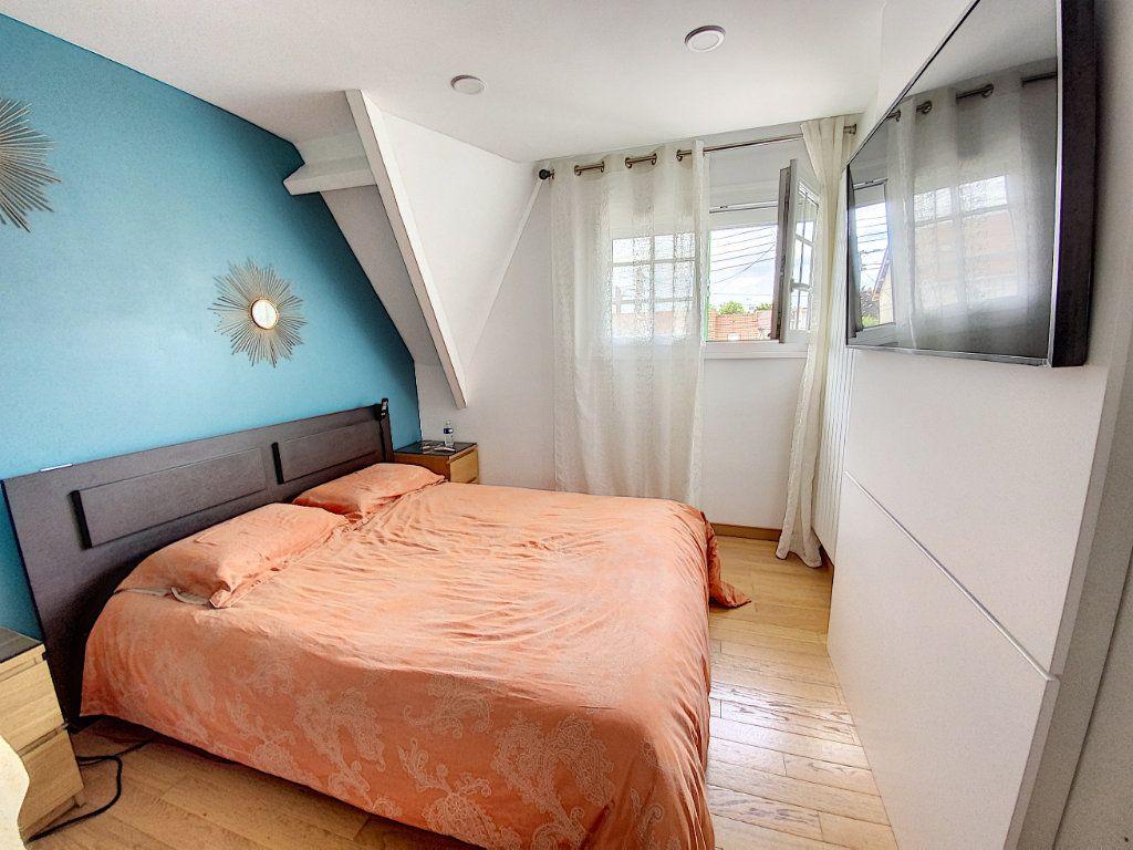 Maison à vendre 5 115m2 à Ozoir-la-Ferrière vignette-9