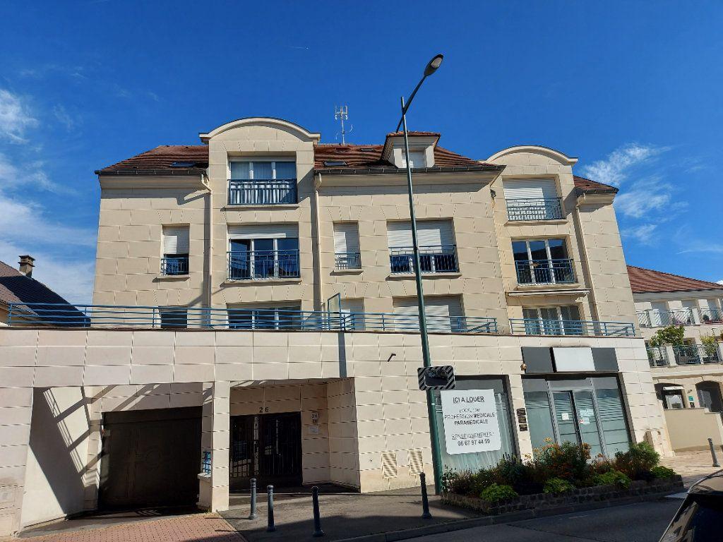 Appartement à louer 2 36.5m2 à Ozoir-la-Ferrière vignette-1