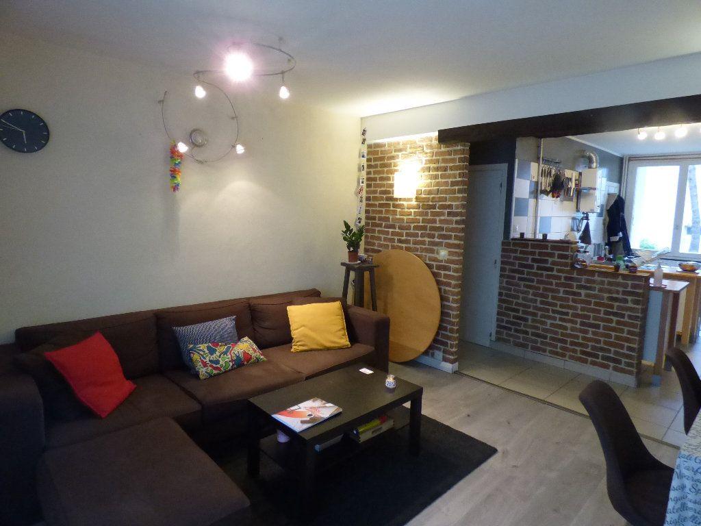 Appartement à vendre 3 60.5m2 à Nantes vignette-2