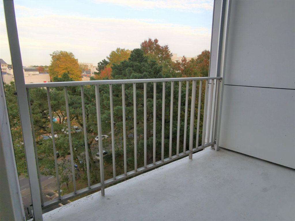 Appartement à vendre 3 64m2 à Nantes vignette-3
