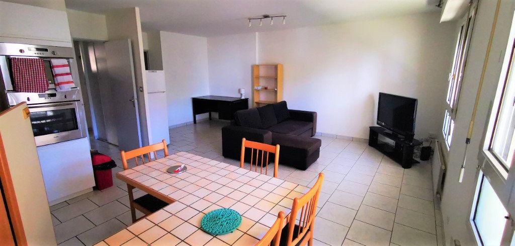 Appartement à vendre 3 65m2 à Nantes vignette-1