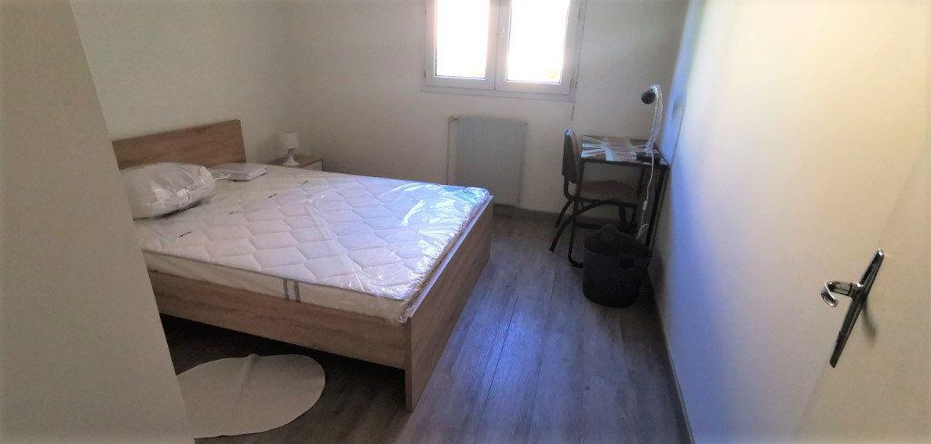 Appartement à vendre 3 65m2 à Nantes vignette-3