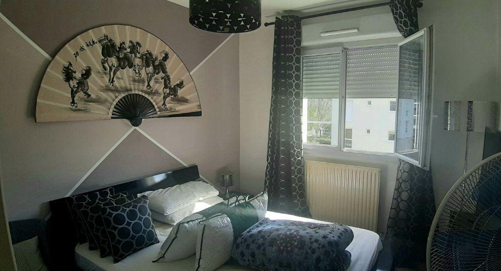 Appartement à vendre 3 63.15m2 à Nantes vignette-2