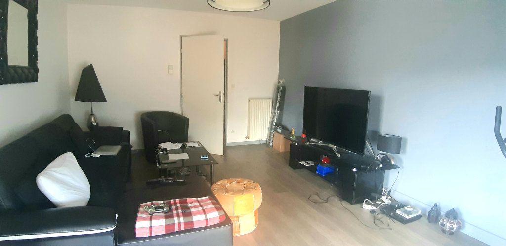 Appartement à vendre 3 63.15m2 à Nantes vignette-4