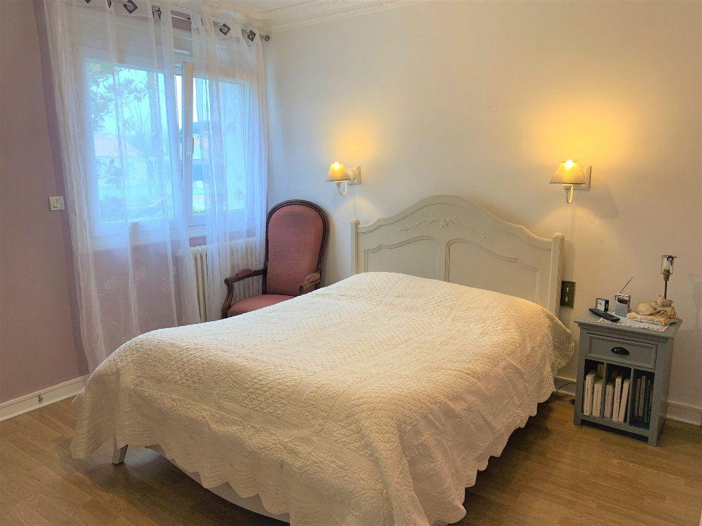 Maison à vendre 6 190m2 à Les Sorinières vignette-6