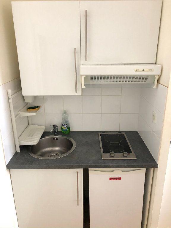Appartement à louer 2 31.55m2 à Nantes vignette-4