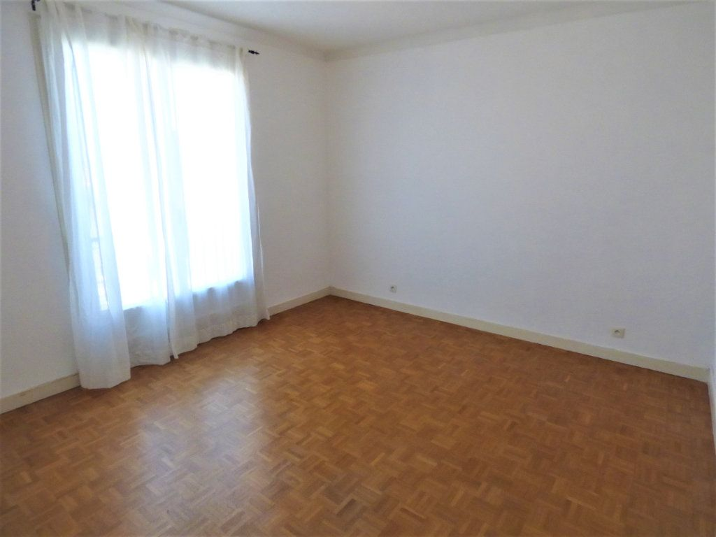 Appartement à vendre 4 77m2 à Rezé vignette-3