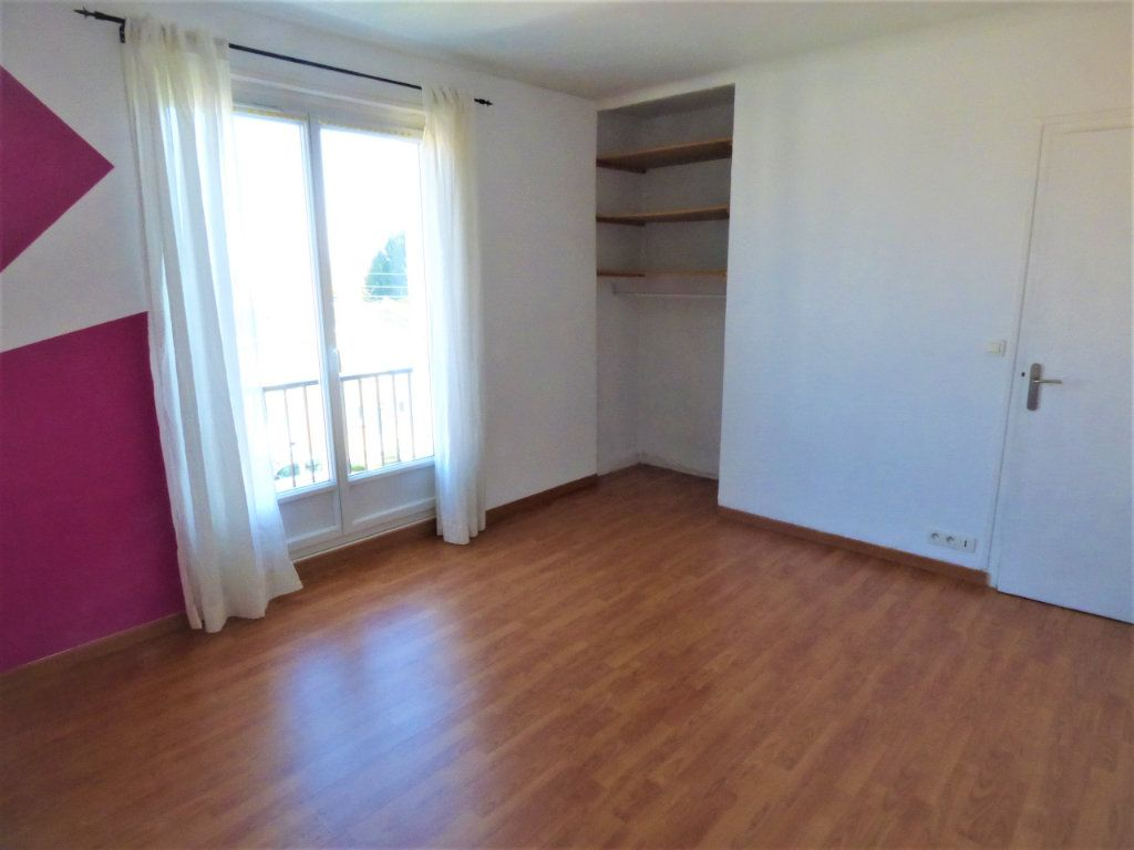 Appartement à vendre 4 77m2 à Rezé vignette-4