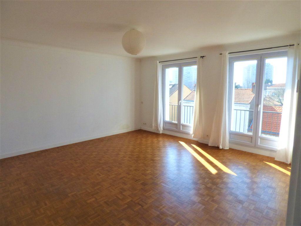 Appartement à vendre 4 77m2 à Rezé vignette-6