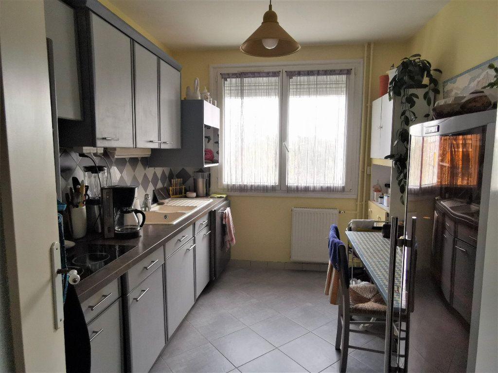 Appartement à vendre 5 99m2 à Nantes vignette-3