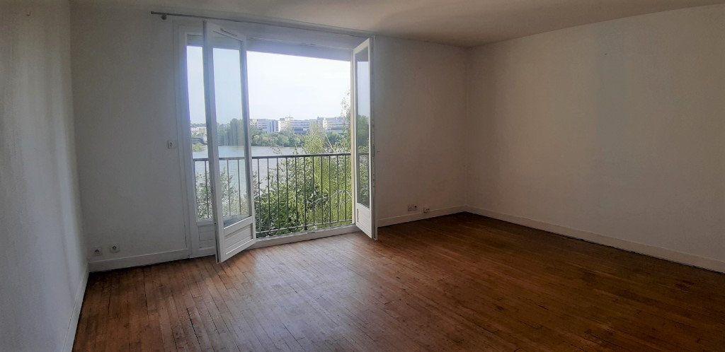 Appartement à vendre 3 72m2 à Nantes vignette-1