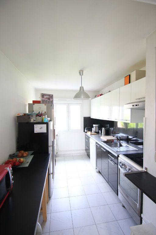 Appartement à vendre 4 72.24m2 à Nantes vignette-3