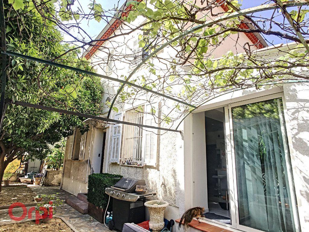 Maison à vendre 7 116m2 à Nice vignette-1