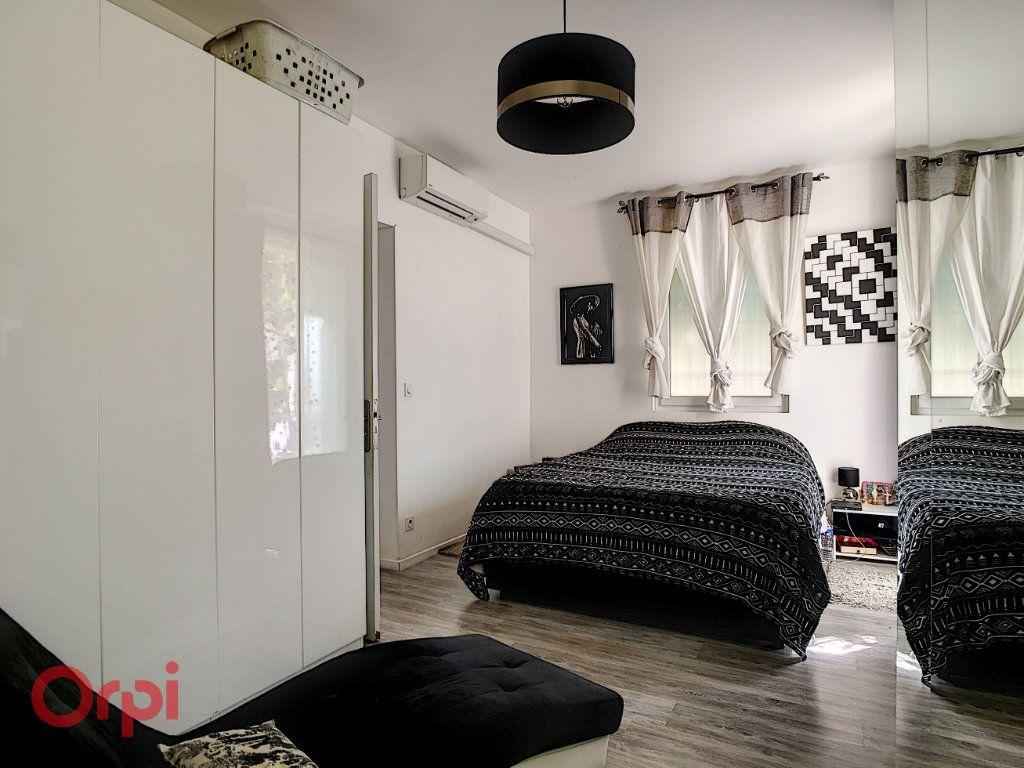 Maison à vendre 7 116m2 à Nice vignette-5