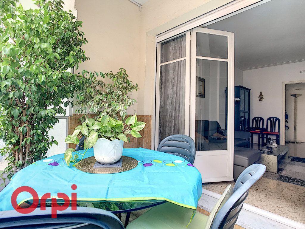 Appartement à vendre 3 67.15m2 à Nice vignette-2