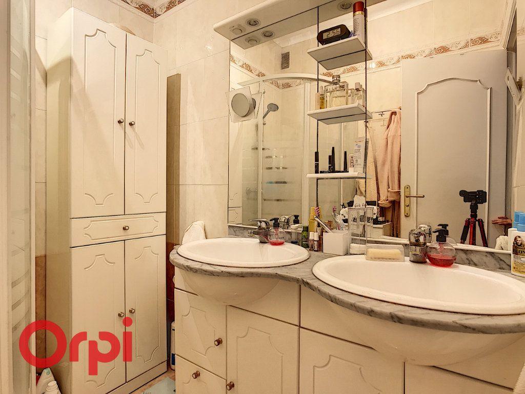 Appartement à vendre 3 67.15m2 à Nice vignette-4