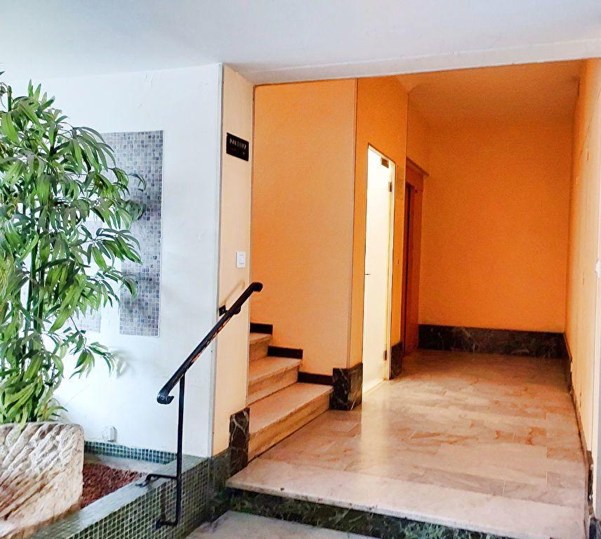 Appartement à vendre 4 73m2 à Nice vignette-3