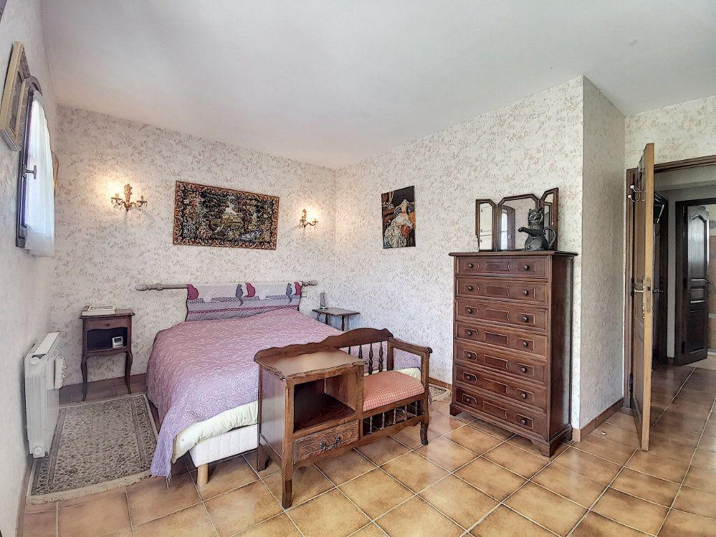 Maison à vendre 7 200m2 à Levens vignette-4