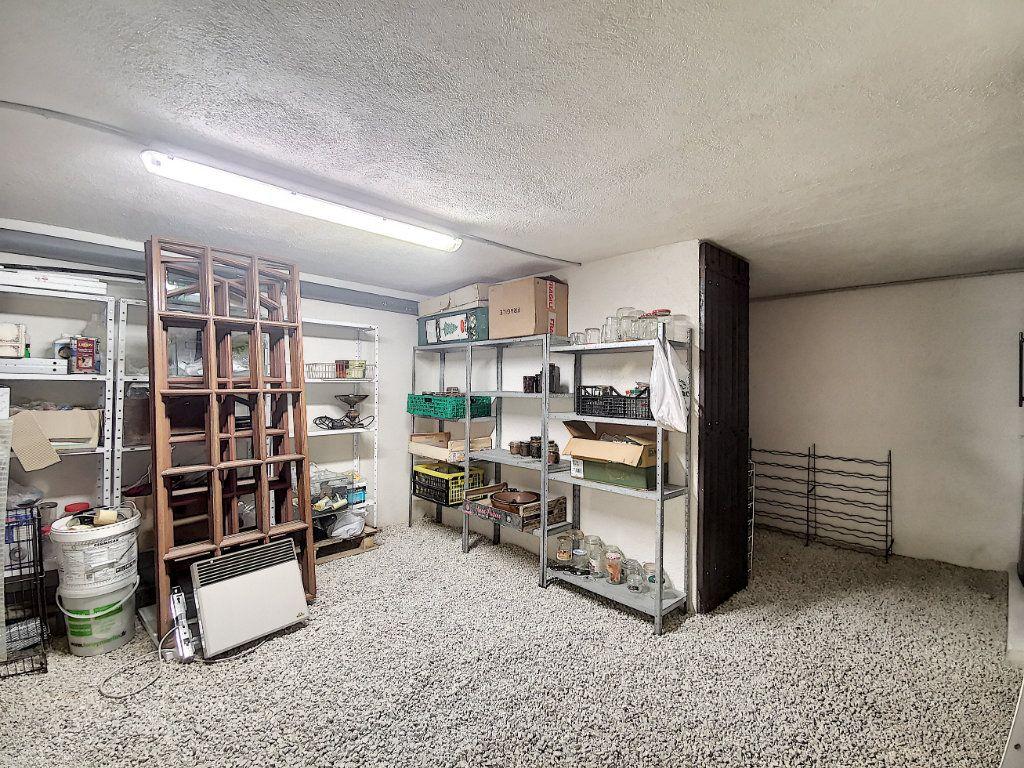 Maison à vendre 7 200m2 à Levens vignette-11