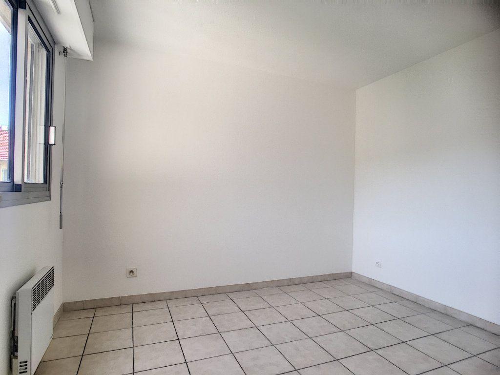Appartement à vendre 3 53m2 à Nice vignette-4