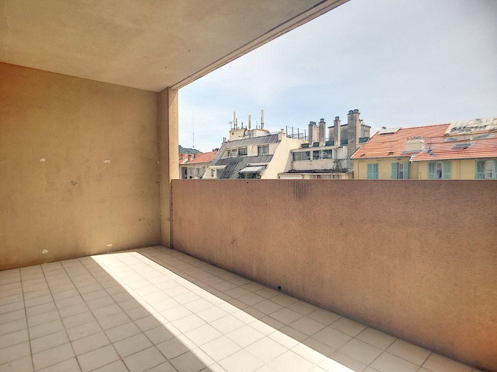 Appartement à vendre 3 53m2 à Nice vignette-8