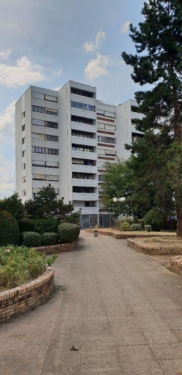 Appartement à louer 4 89.3m2 à Vitry-sur-Seine vignette-1