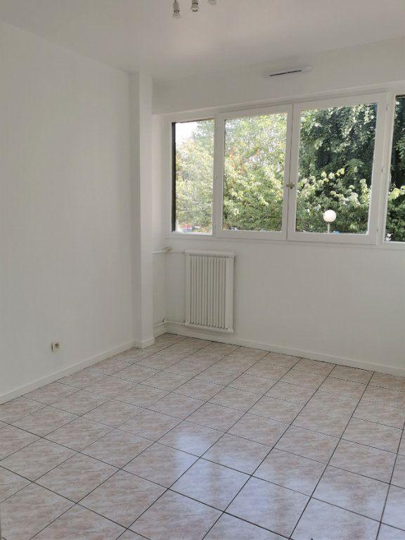 Appartement à louer 4 89.3m2 à Vitry-sur-Seine vignette-6